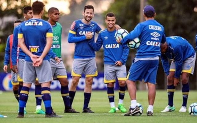 Cruzeiro busca vitória contra o vice-líder Grêmio