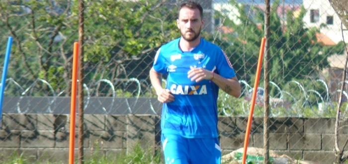 Com reservas 'de peso', Cruzeiro recebe o Boa